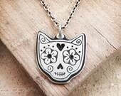 Cat sugar skull Day of the Dead necklace, Día de los Muertos jewelry, memento mori, cat memorial necklace, kitty skull, remembrance jewelry