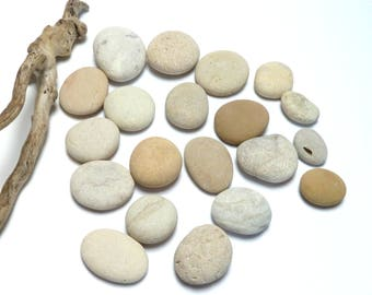 Genuine Beach Sea Stones Rune Cabochon Puffy Pendants Lake House Decoration Cairn Pebbles Meditative Therapy Bathroom Accent Crafts