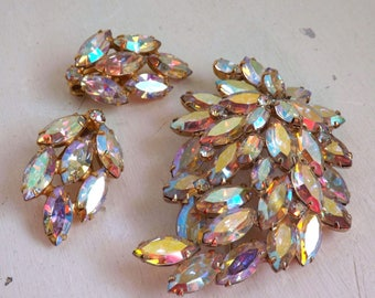 Vintage signed Weiss rhinestone brooch or pin and earrings set dimensional layered leaf AB crystal clear gold tone metal