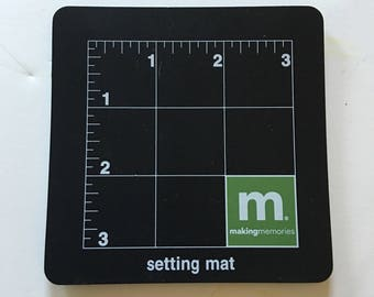 """Making Memories 4"""" x 4"""" Setting Mat"""