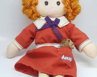 Vintage Little Orphan Annie Knickerbocker doll 1977
