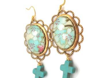 Cherry Blossoms Earrings-Sakura Earrings-Turquoise Floral Jewelry-Spring Fashion-Gold toned Earrings-Kimono Fabric-Earwire Earring-Jewellery