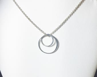 Silver Circle Necklace, Sterling Charm Pendant, Everyday Necklace, Interlocking Circle Pendant, Gifts for Her, Bridal, MiShelli