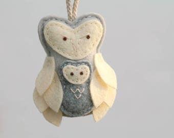 Felt Owl Mother and Baby Ornament Gray. Mother's Love Christmas Ornament. Gift for New Mom. Felt Plush Owl Decor Handmade by OrdinaryMommy