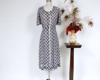 Memorial Weekend Sale - Vintage 1930s Dress - Ultralight Semi Sheer Cotton Voile 40s Day Dress with Navy and White Basketweave Print