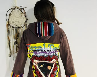 Grateful Dead Steal Your Face Woven Mexican Blanket Fringe Bohemian Baja Eco Friendly Hoodie Hooded Long Sweatshirt Sweater Womens Small