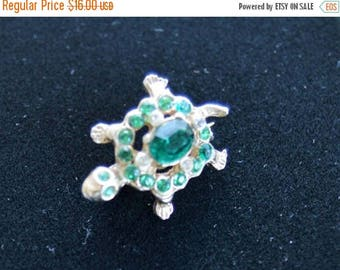 On sale Cute Vintage Emerald Green Rhinestone Turtle Scatter Pin, Gold tone (M2)
