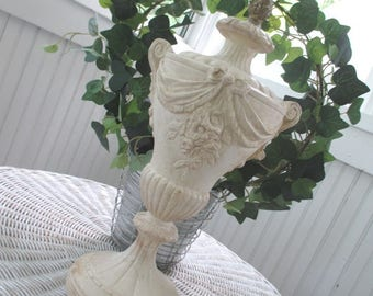 Vintage Architectural Salvage * Plaster Urn Lamp * Finial * Shabby Chic * Jeanne d' Arc * Paris Apt