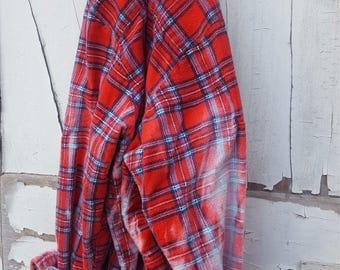 XL Red Blue Classic Faded Vintage Wash Flannel
