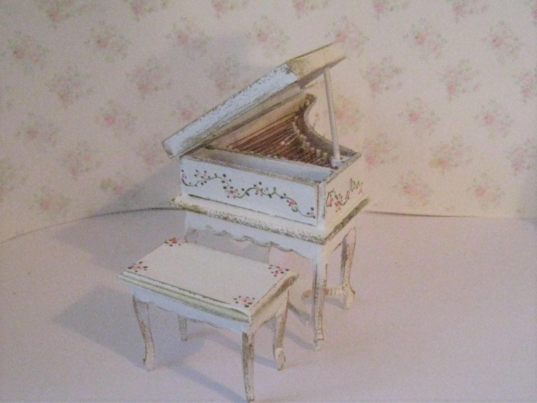 Dollshouse piano small baby grand tiny grand piano for Small grand piano