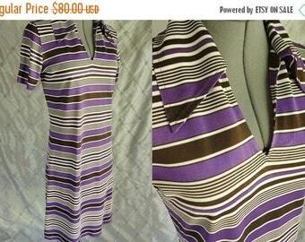ON SALE 70s Dress //  Vintage 70's Purple & Brown Striped Jersey Dress Size M