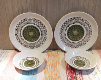retro biltons ironstone plates and bowls,biltons ironstone tableware,made in england,green geometric design,1970's,10 inches,bowls,plates