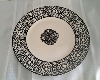 Black and White Platter