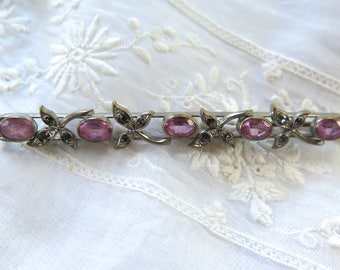 Antique Bar Pin/Brooch in Pink and Pale Blue Facete Paste Stones Silvertone Metal