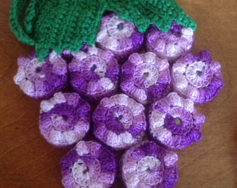 Vintage Lace Crochet Bottle Cap Trivet, Bunch of Grapes with Leaves, Variegated Purple/Green
