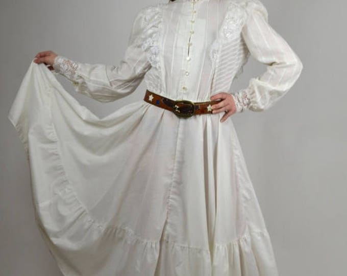 sale Vintage Dress, White Dress, Victorian Style Dress, Steampunk Dress, White Boho Dress, Prarie Dress, 1980 Dresses, Country Western Dress