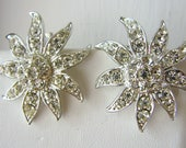 Vintage 1960's Sarah Coventry  silver and rhinestone flower cocktail earrings (A3)