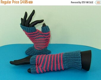 40% OFF SALE Instant Digital File pdf download Knitting pattern only - Stripe Pattern Fingerless Gloves knitting pattern