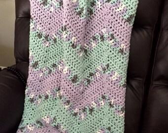 "Handmade Crochet Chevron Ripple Chunky Bulky Couch Afghan sofa bed Throw Blanket Green Lilac White stripes 42"" x 48"" New"