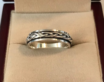 Sterling Spinner Ring ~ Silver Twisted Braid Spinner Band Ring Size 9.5