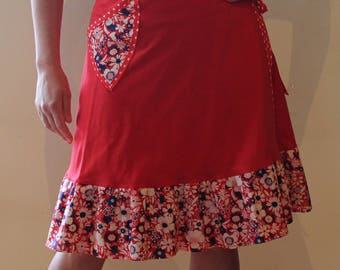 Wrap Skirt (one size fits most small - large) red white and blue with pocket.