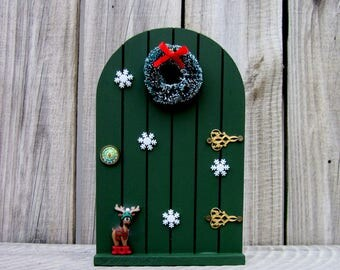Christmas Fairy Door, Green, Elf Prop, Painted Wood, Elf, Fairy, Pretend Play, Indoor Fairy Door, Holiday Decor, Childs Gift
