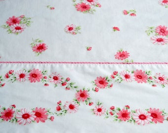Vintage Bed Sheet - Cannon Pink Daisy Sheet - Twin Flat