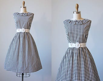 50s Dress - Vintage 1950s Dress - Black White Houndstooth Check Print Cotton Sundress w Cincher Belt XL - Chequemate Dress