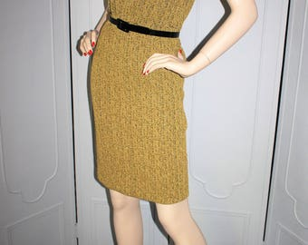 vintage 60's Metallic Gold Wiggle Dress in Stretch Knit. Small.
