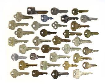 Set of 35 Flat Vintage Keys