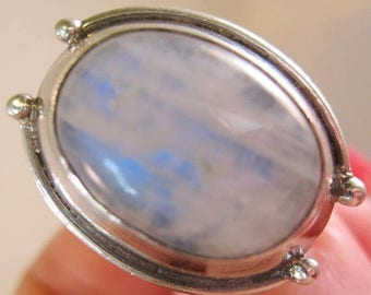 SALE & FREE SHIPPING Big Rainbow Moonstone Sterling Silver Ring Size 8.5 Vintage Jewelry Jewellery