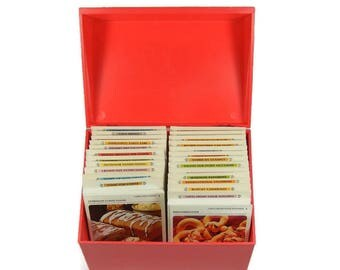Betty Crocker Recipe Card Library Large Red Recipe Box Full of Recipe Cards Vintage Recipes Grandma's Cooking