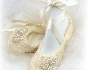 Beaded Ballet Flats, Champagne Flats, Flats with Pearls, Gold, Ballet Slippers, Lace Ballet Flats, Vintage Wedding, Elegant, Reception Shoes