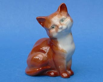 BESWICK England - Pottery Figurine of a Ginger Cat or Kitten