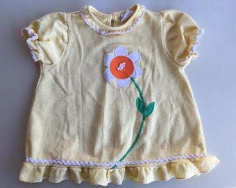 Girls vintage Carters flower top tagged 24m