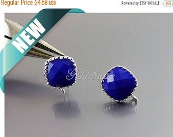 15% SALE 2 pcs / 1 pair opaque indigo blue purple glass stone in brass setting earrings, square earrings 5155R-OIN