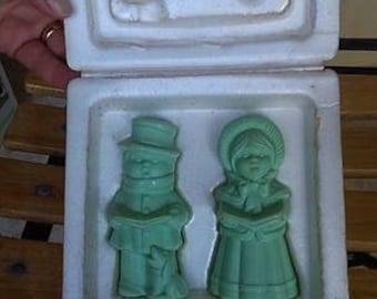 Vintage AVON Soap - Pair 1970s Soaps - Christmas soaps - Carol Singers