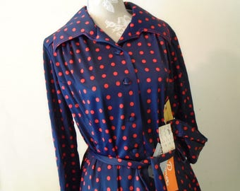 Leslie Pomer Dress Size 18 1/2 Navy Blue Red Polka Dots  Covered Front Buttons
