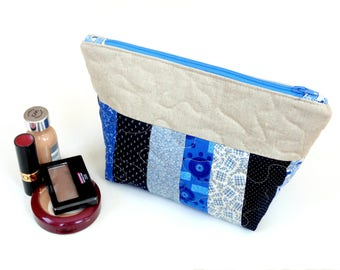 Cosmetic bag, zipper pouch, blue, make up bag, quilted clutch bag, make up case, gift idea for her, travel toiletry bag, makeup case