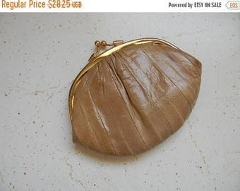 SUMMER SALE vintage. Snake Skin Change Coin Purse