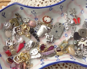 Tiny Jewelry Findings - Vintage Jewelry - Tiny Craft Lot - Snoopy - Cameo Drop - Rose - Friends - Cabochon Teeny - Charms - D108