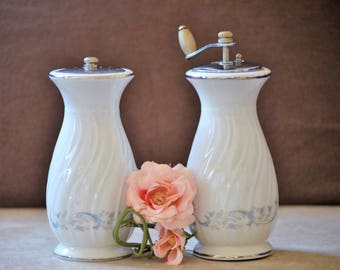Salt and Pepper Mill Set/White and Blue/Camelot China/Salt Mill/Pepper Mill/Gracious/China Salt and Pepper Set//1990