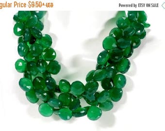 ON SALE Green Onyx Briolettes Faceted Beads Flat Teardrops Heart Shaped Emerald Green Mined Gemstone - About 10x10mm - 5, 10 or 15 Beads