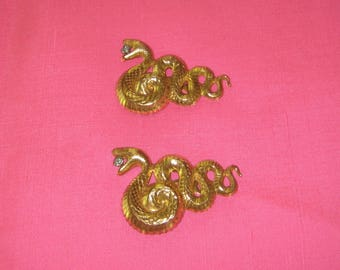 fabulous Pair Of Snake Dress Sweater Clips Rhinestone in Mouth