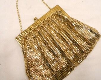 Vintage WHITING & DAVIS Gold Metal Mesh Evening Purse