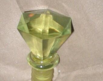 Vintage Facetted lemon yellow Acrylic Bottle Stopper