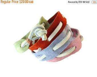 SUEDE SALE Off White Leather and Suede Band Bracelet, Woven Bracelet Suede Jewelry for Friendship, Copper Suede and Leather Jewelry Unisex D