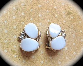 Clip on milk glass flower earrings