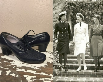 Morning Roll Call - Vintage 1940s WW2 Navy Leather & Mesh Lace Up Oxfords Shoes - 7 1/2C