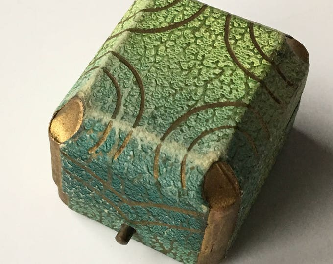 Antique Ring Box Art Deco Leatherette Presentation Ringbox